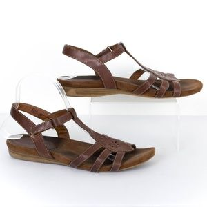 "White Mountain Womens Sandals ""Comfy"" Brown 8 SL"